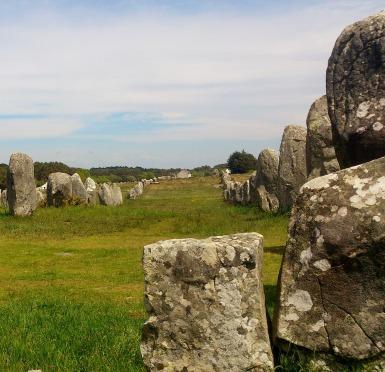 carnac-stones-525063_1920.jpg